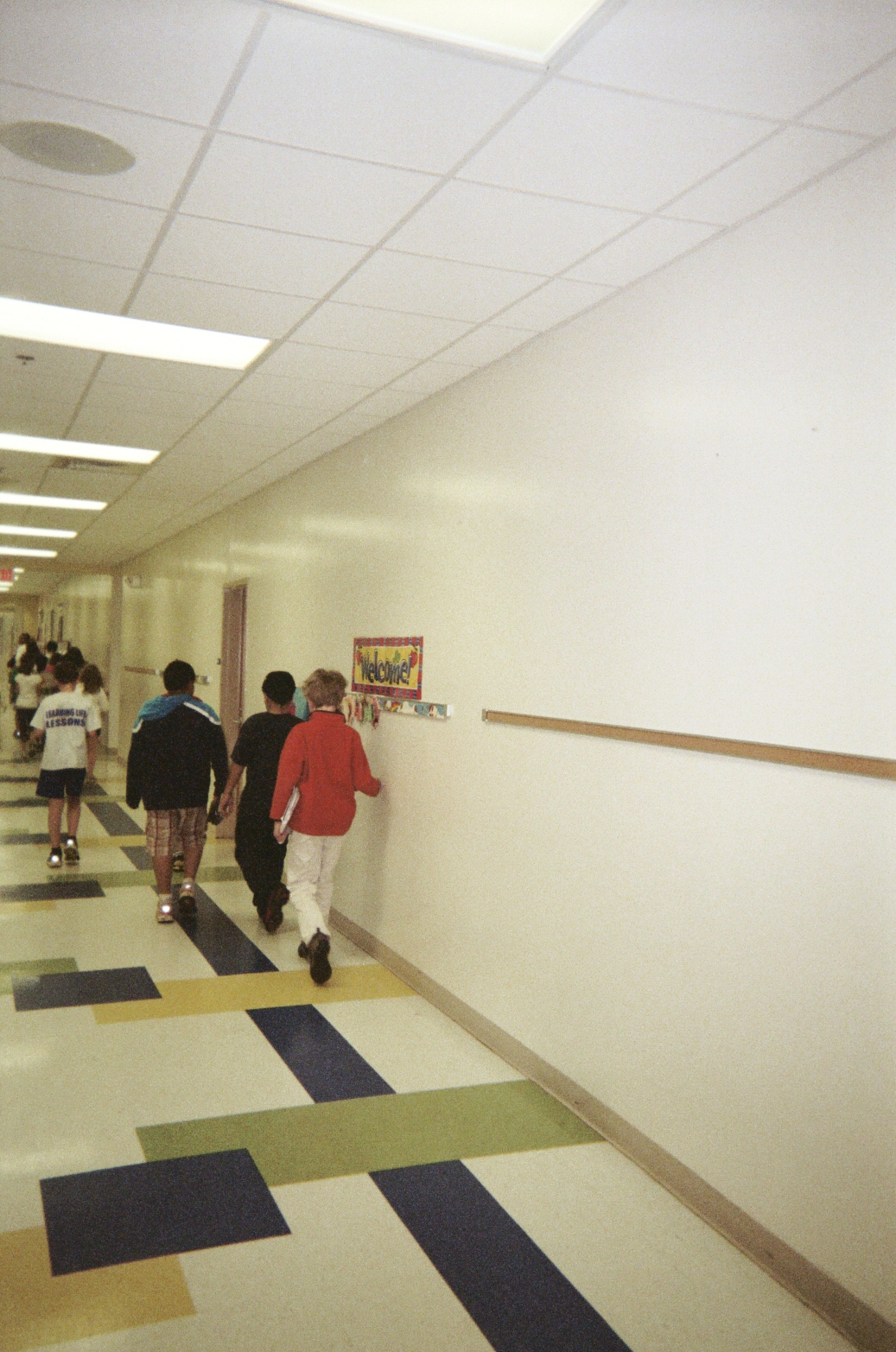 Foyer Hallway Questions : Attention getting questions agqs to help kids focus